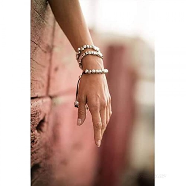 Womens Lycra Bracelet with Aluminum Spheres Charms